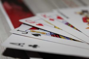 Blackjack on populaarne kaardimäng Eesti online kasiinodes